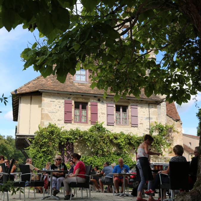 Beaulieu-sur-Dordogne - The Limousin Riviera